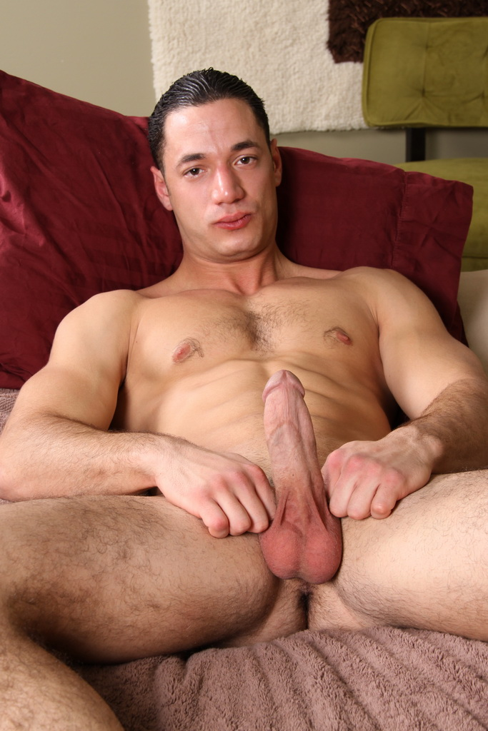 Amateur Twink Gives Head To Jock